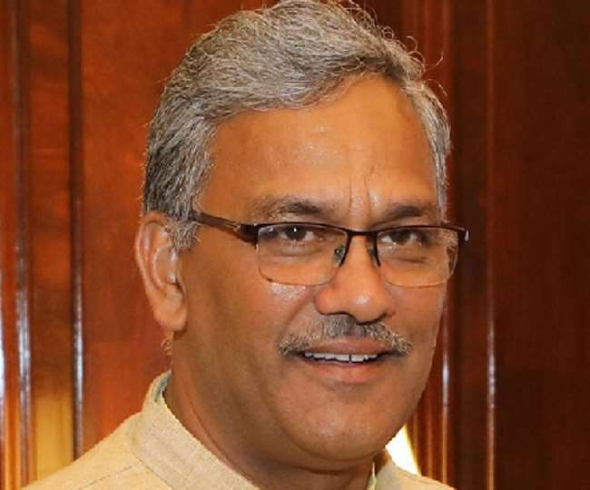 पूर्व मुख्यमंत्री त्रिवेंद्र सिंह रावत ने कहा कि अरविंद केजरीवाल पहले अपना चेहरा ही बचा लें।
