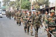 फ्लैग मार्च कर जनता को दिलाया सुरक्षा का भरोसा : एसपी
