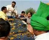 Sunny Deol के Roadshow में BJP को समर्थन दे कार पर सवार हो गए INLD प्रत्याशी