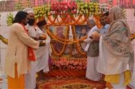 मंगलवार को दिग्गज पूर्वाचार्यो की स्मृति में लीन रही रामनगरी