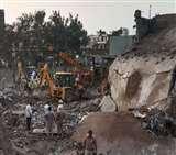 Cracker Factory Blast Case: 24 लोगों की मौत के लिए अफसर जिम्मेदार नहीं, 75 दिन बाद तीन Clerk suspend