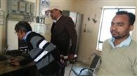 मंडल के सहायक अभियंता ने जांची रेलवे क्रॉसिंग