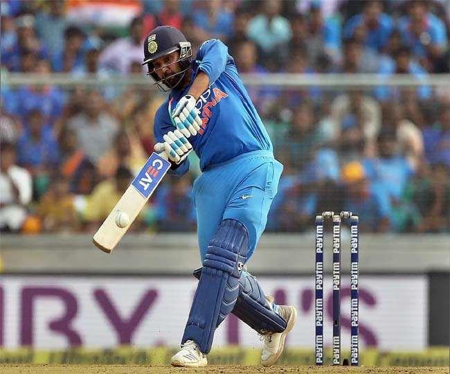टीम इंडिया के ओपनर बल्लेबाज रोहित शर्मा (एपी फोटो)