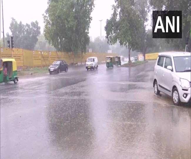 दिल्ली में शुरू हुआ बारिश का दौर, IMD ने हरियाणा-उत्तराखंड समेत इन राज्यों के लिए जारी किया अलर्ट