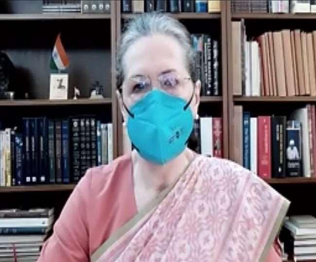 सोनिया गांधी की ओर से बुलाई गई विपक्षी नेताओं की बैठक, शामिल होंगे उद्धव ठाकरे