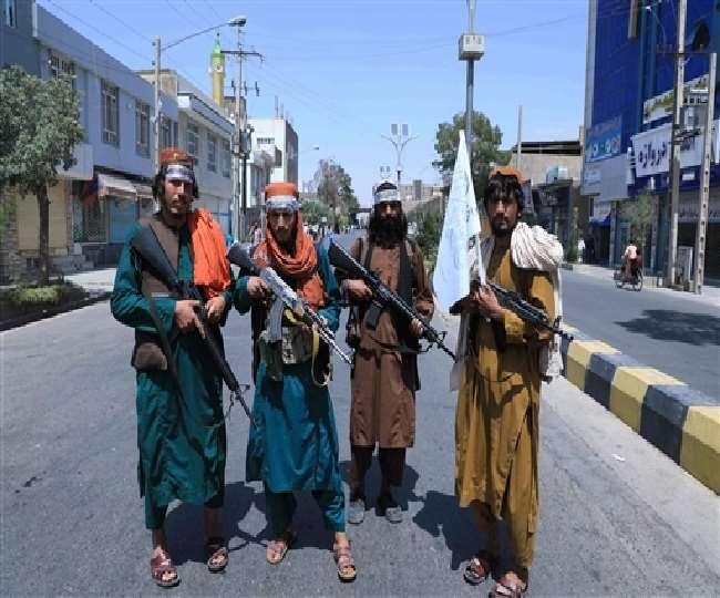 कंधार और हेरात में बंद भारतीय वाणिज्य दूतावासों के अंदर घुसे तालिबानी।(फोटो: एएफपी)