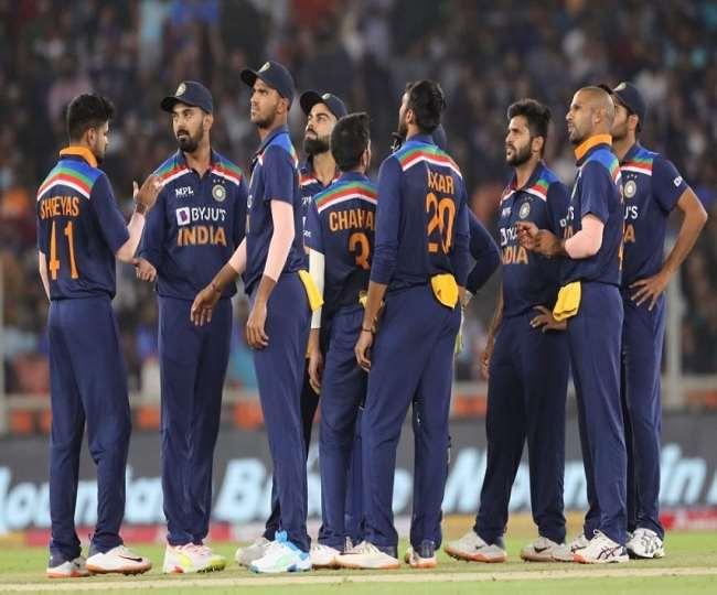 भारतीय क्रिकेट टीम के खिलाड़ी एक साथ (एपी फोटो)