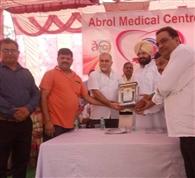 कामरेड राज कुमार की बरसी पर लगाया मेडिकल कैंप