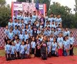Pinkathon 2019: ब्रेस्ट कैंसर के खिलाफ जंग में दौड़ी ताजनगरी, जुड़े हाथ से हाथ्ा Agra News