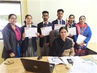 विद्यार्थियों ने साइंस से संबंधित मॉडल किए पेश
