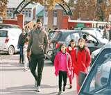 Normalcy in Kashmir: सरकारी स्कूलों के बाद अब कश्मीर घाटी के निजी स्कूलों में भी बजी घंटी