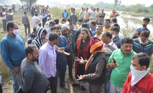 Khaskhabar/Panipat:हरियाणा के पानीपत में चार दिन पहले पटाखे बेचने के