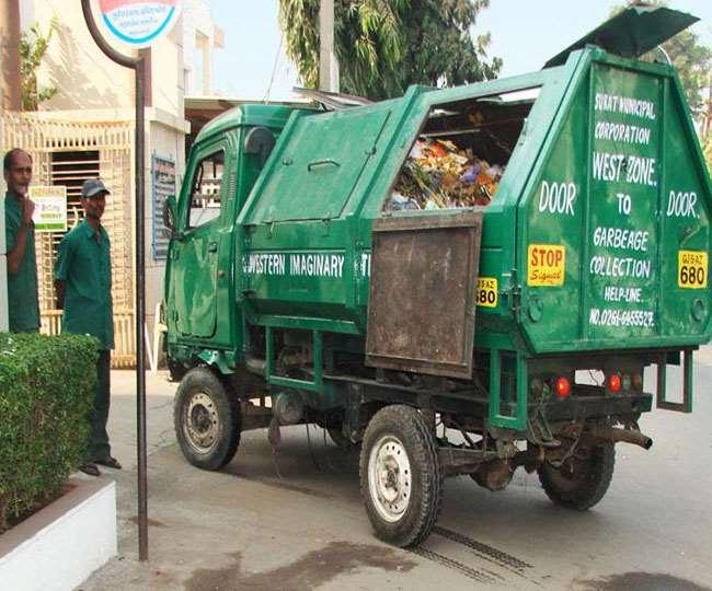 पांच किग्रा प्लास्टिक कचरा देने पर मिलेगा 30 रुपये के चपाती-सब्जी के कूपन।