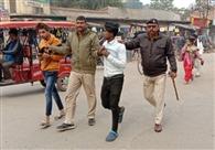 कोचिग और स्कूलों के पास मटरगश्ती युवकों को पड़ी भारी