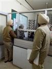 दो पासपोर्ट बनवाने वाला भगोड़ा एयरपोर्ट से गिरफ्तार