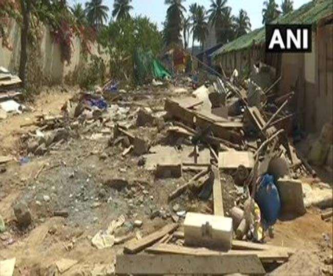 कर्नाटक में अवैध रूप से रह रहे बांग्लादेशी प्रवासियों के 200 कच्चे मकान ढहाए गए
