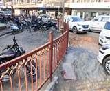 शहर के सेंटर प्वॉइंट पर कोर्ट में कुंद पड़ी पैरवी की धार Aligarh news
