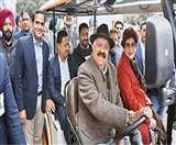 सेक्टर-17 प्लाजा में मुफ्त मिलेगी ई-कार्ट की सुविधा, दो साल तक निशुल्क कर सकेंगे सैर Chandigarh News