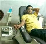 एक शख्स ऐसा जो अपने जन्मदिन पर उपहार में दूसरों को देता है रक्त यानी खून Prayagraj News