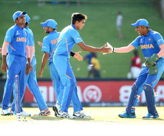 U19 world cup 2020: भारतीय स्पिनर रवि ने झटके 4 गेंद पर 4 विकेट, लेकिन नहीं मानी गई 'हैट्रिक' !