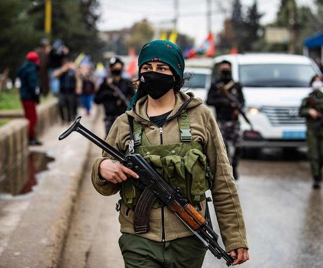 Khaskhabar/भारत ने संयुक्त राष्ट्र (United Nations) में चिंता व्यक्त करते हुए कहा है कि सीरिया (Syria) में संघर्ष में शामिल विदेशी लड़ाके भाड़े के सैनिक के रूप में अन्य स्थानों पर चले गए हैं. ऐसे में नई दिल्ली ने रेखांकित किया कि पश्चिम एशियाई देश के हितों के लिए वह सुरक्षा परिषद में रचनात्मक भूमिका निभाने के लिए तैयार है.