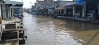 संगत मंडी में बारिश का पानी जमा होने से लोग हुए परेशान