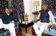 दिल्ली लौटे बलूनी, सीएम ने की मुलाकात
