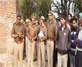 Double Murder से फैली सनसनी, आठ माह की बच्ची भी मरणासन्न Agra News