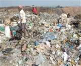 कूड़े के साथ डंप कर दिया 23 हजार टन प्लास्टिक, तीन वर्षों से झरिया में आम कचरे के साथ फेंक रहा निगम Dhanbad News