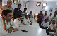 अंशुल सिगला ने घरों व दुकानों पर मांगा समर्थन