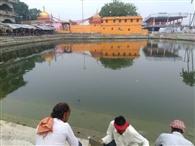पावर्ती तालाब पर उमड़ती है छठ व्रतियों की भीड़