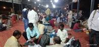 महुली मंडी में देर रात तक जमा हुई ईवीएम