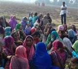 कब्रिस्तान में दो दिन से पेड़ पर लटक रहा था शव, ग्रामीणों ने देखा तो मच गई सनसनी Kannauj News