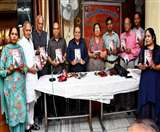 उर्दू शायरी के द्वार पर महिलाओं की दस्तक स्वागत योग्य : सेठ Jalandhar News