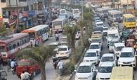 ट्रैफिक पुलिस ने 30 घंटे जाम के झाम में झोंका