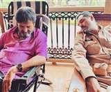 अभय देओल ने शेयर की ये मजेदार फोटो, लिखा- 'मैं अपने डायरेक्टर के साथ सोया'