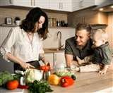 अपने साथ परिवार के खानपान में भी बरतें सावधानी, रहेंगे लंबे समय तक हेल्दी और हैप्पी