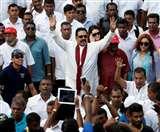 Mahinda Rajapaksa: महिंदा राजपक्षे बने श्रीलंका के नए पीएम, बड़ा भाई होगा पीएम और छोटा है राष्ट्रपति
