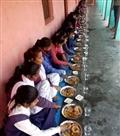 बच्चों को उपलब्ध कराया गया पौष्टिक आहार