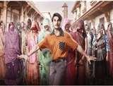 गुजरात की सड़कों पर जयेशभाई जोरावर अवतार में घूमते नजर आए रणवीर सिंह, वायरल हुआ Video