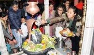 महाशिवरात्रि पर भगवान शिव का जलाभिषेक