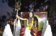 धूमधाम से निकाली भगवान शिव की बरात