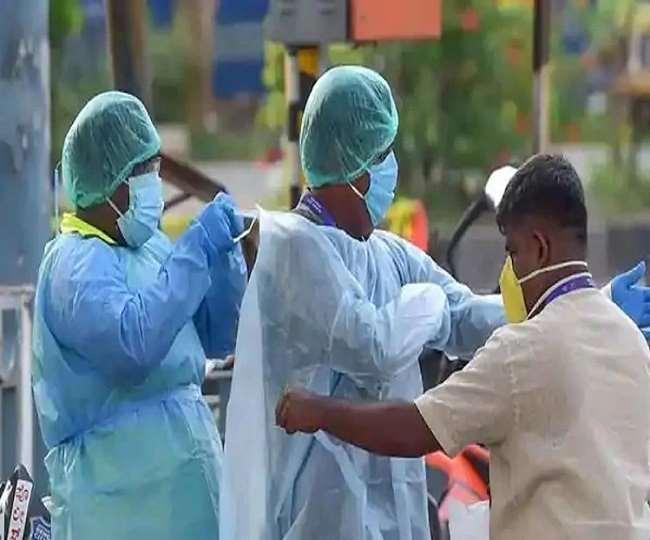 भारत में कोरोना महामारी ने आज रिकार्ड तोड़ दिया है (फाइल फोटो)