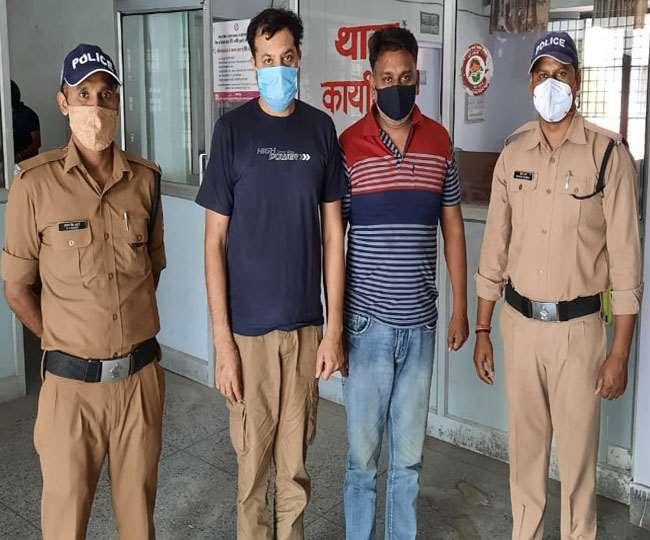 पुलिस ने हैदराबाद व पंजाब के बीच चल रहे आइपीएल में सट्टा लगवाने वाले गिरोह का पर्दाफाश किया।