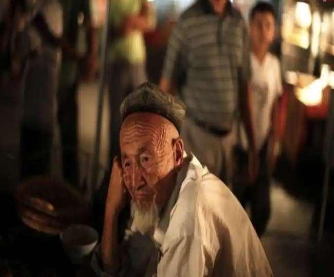 चीन में उइगरों ने कट्टर मुस्लिम की छाप के डर से नहीं रखा 'रोजा'
