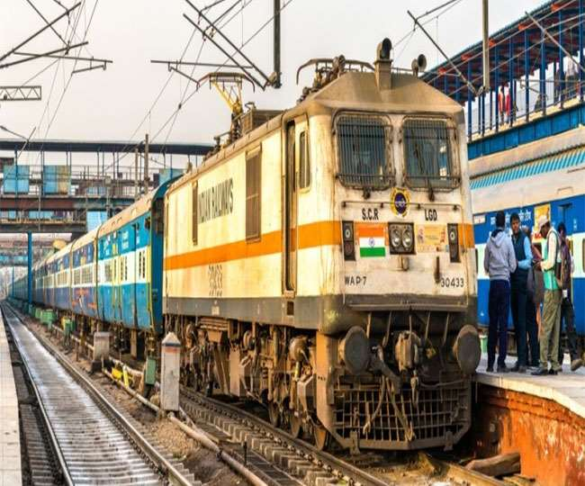 Indian Railway News: उत्तर प्रदेश व बिहार के यात्रियों की सुविधा के लिए रेलवे का बड़ा कदम।