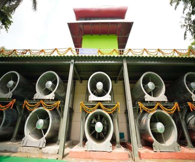 दिल्ली के कनॉट प्लेस में स्मॉग टॉवर का ट्रायल पूरा