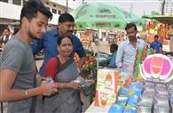दीपावली को लेकर गुलजार हो गए बाजार