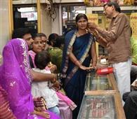 दीपोत्सव को लेकर सजे सराफा बाजार, धनतेरस पर बिक्री की उम्मीद