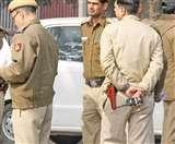 DU प्रोफेसर की मौत मामले में सुसाइड नोट में लिखे 11 की तलाश में जुटी दिल्ली पुलिस